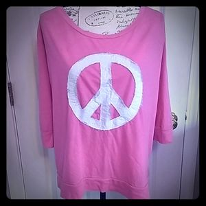 Old Navy Peace sign shirt ☮️